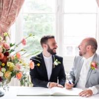 grooms and urn arrangement